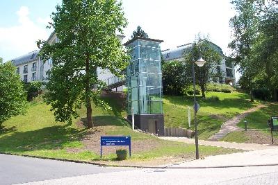 Seniorenheim Wahlscheid - Gläserner Aufzugsturm