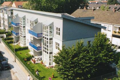 Mehrfamilienwohnhaus mit 12 Wohnungen